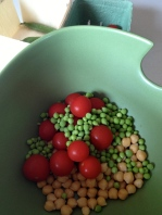 Shelled peas, tomatoes, and besns
