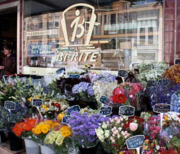 Buy fresh, buy local, Bi-Rite